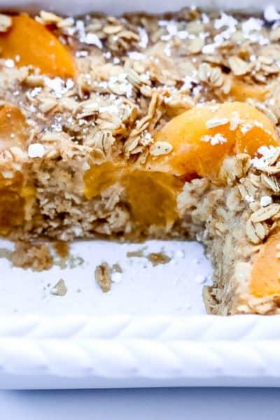 Oatmeal Peach Cobbler Bake