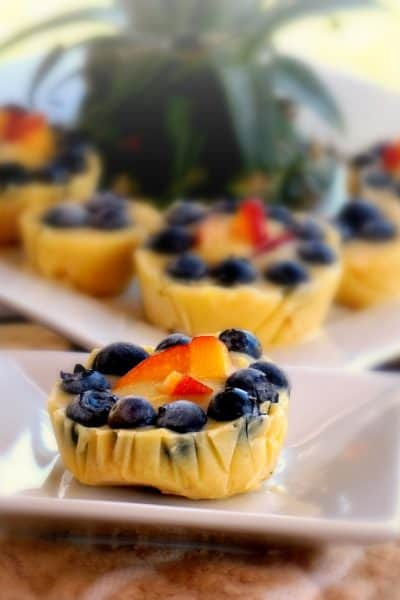 vanilla banana blueberry frozen pie pops