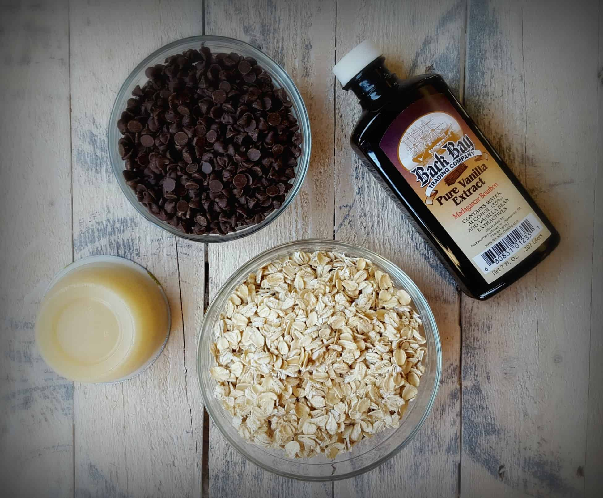 Gluten Free Crunchy Chocolate Chip Granola with Amaranth- Shaws simple swaps 2