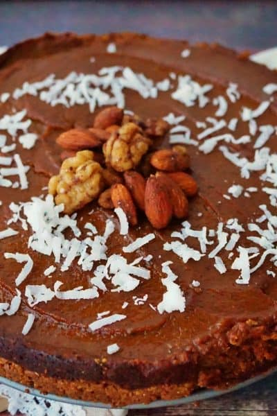 Vegan Pumpkin Pie + 15 Vegan Thanksgiving Recipes that the whole family can enjoy! @shawsimpleswaps