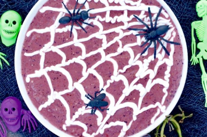 Spooktacular Smoothie Bowl with Edible Spider Webs @shawsimpleswaps