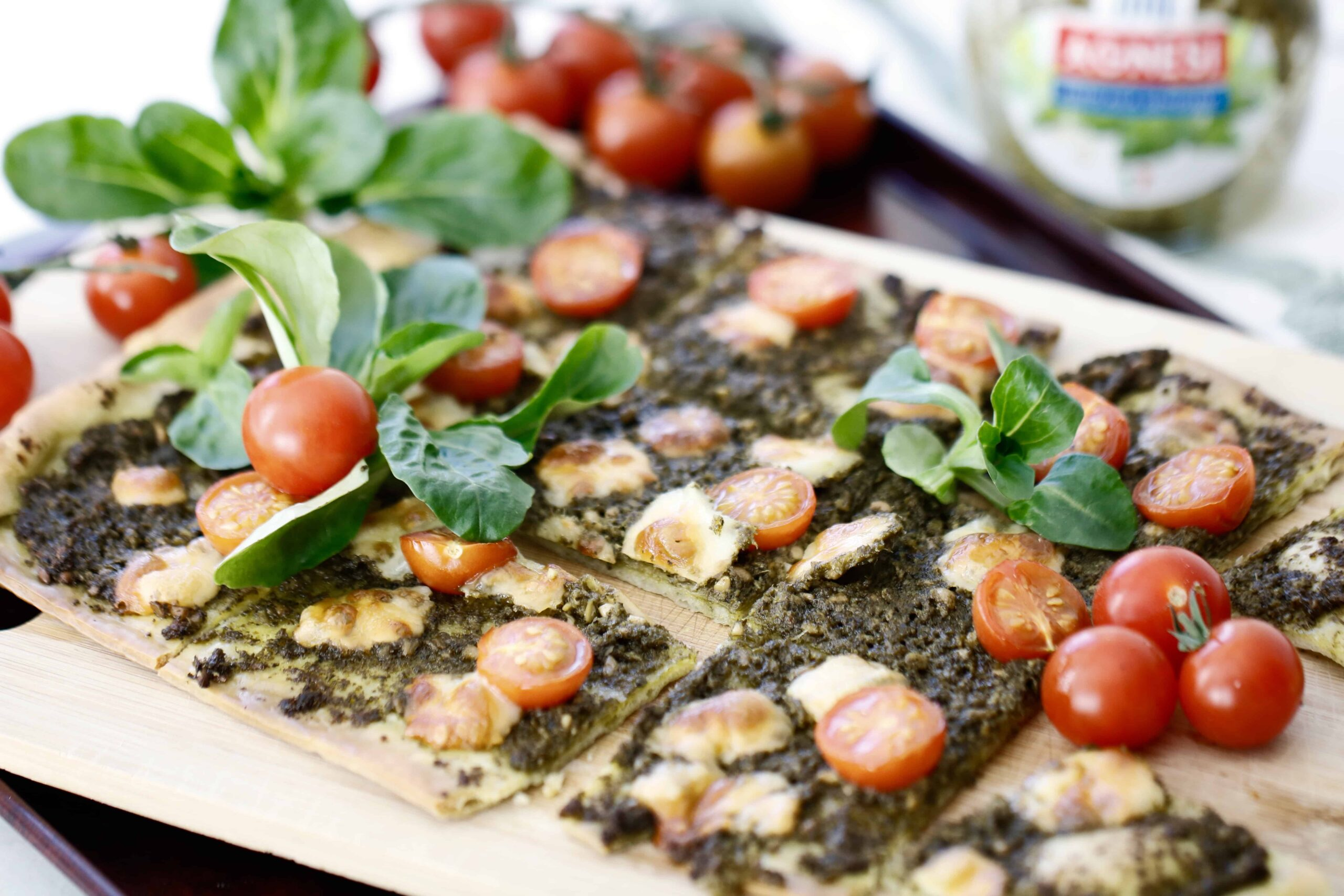 Asiago Pesto Pizza with Broiled Tomatoes - Vegetarian, Gluten Free Option @shawsimpleswaps