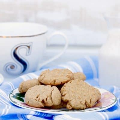 Brown Sugar Tea Cookies + Generations of Love & Food Review