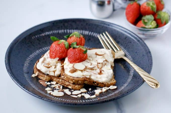 Peanut Butter French Toast with a Thick and Creamy Maple Yogurt Frosting @shawsimpleswaps