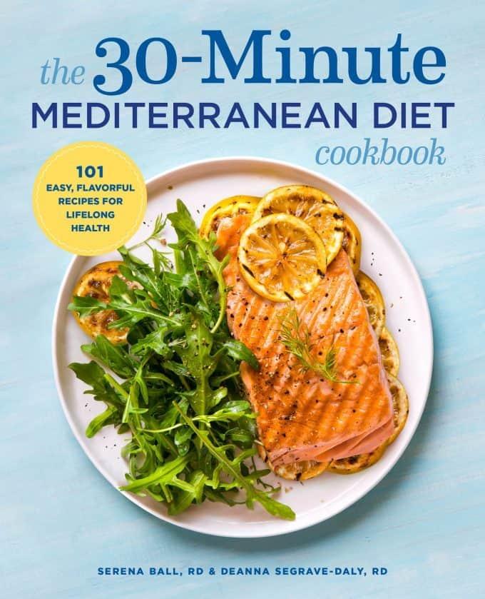 Roasted Broccoli Panzanella Salad + 30 Minute Mediterranean Diet Cookbook Review @shawsimpleswaps. #salad #mediterraneandiet