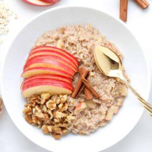 Apple Pie Oatmeal + The Benefits of Probiotics in Total Health @shawsimpleswaps #probiotics #prenbiotics #guthealth