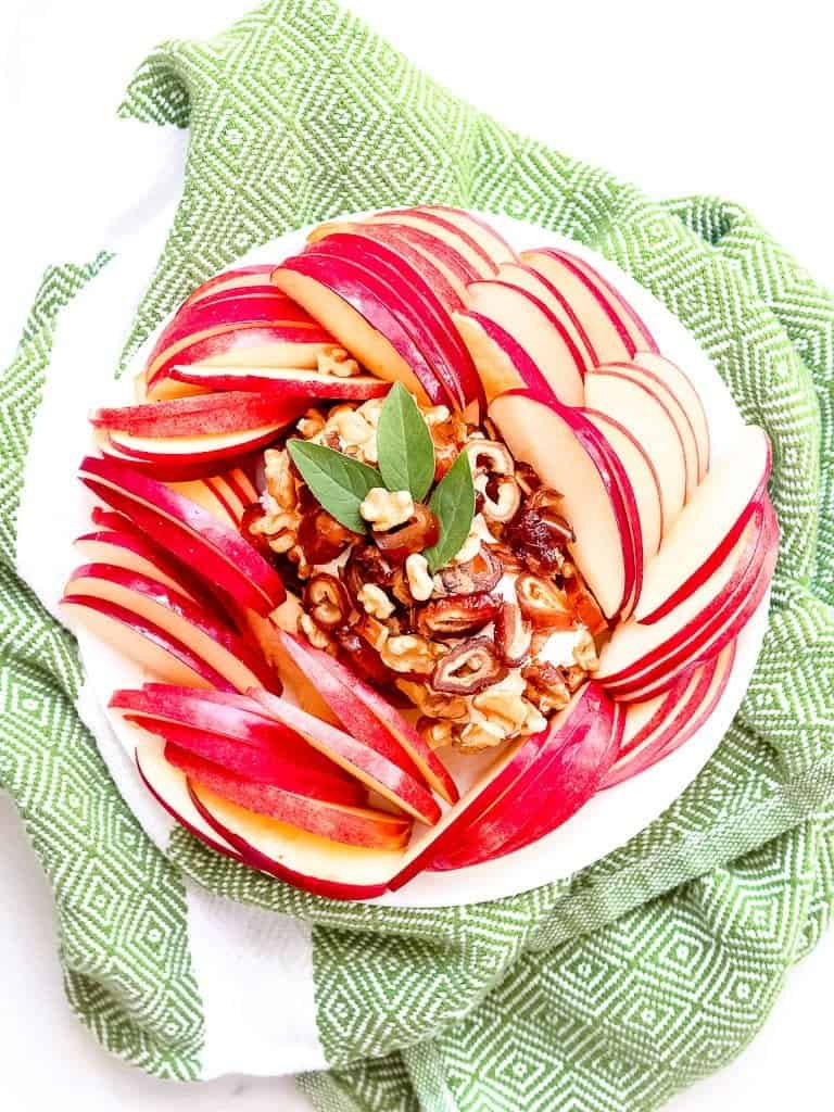 Goat Cheese, Walnut and Date Appetizer with Autumn Glory Apples - Shaw's Simple Swaps A simple 5 minute snack that comes together in no time! @shawsimpleswaps #glutenfree #simplesnacks #shawkitchen #healthyeats