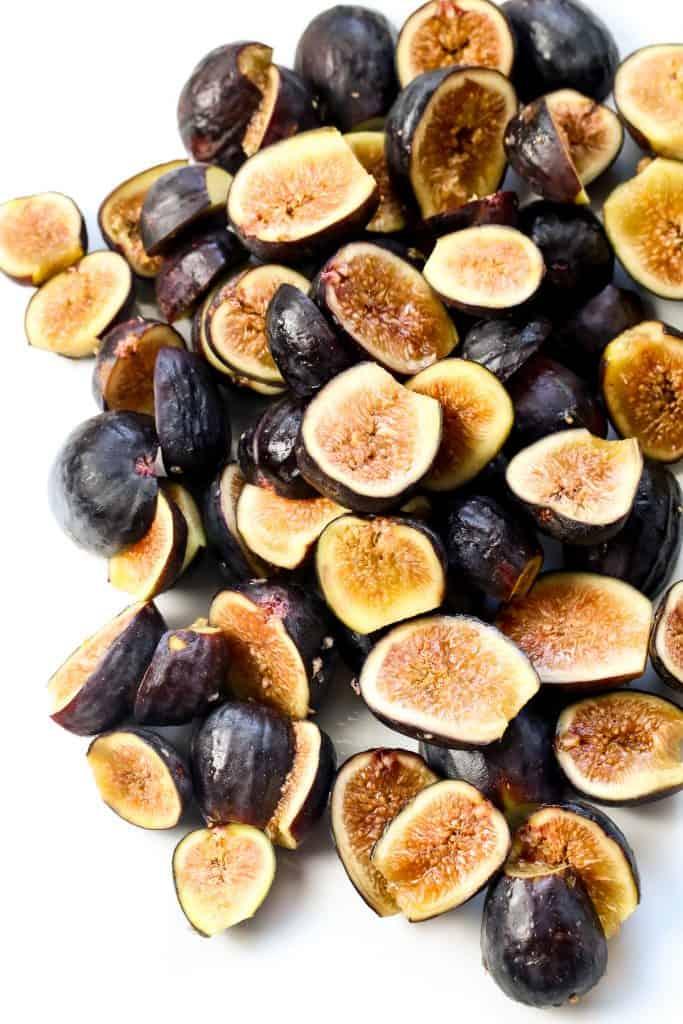 Image of fresh figs.